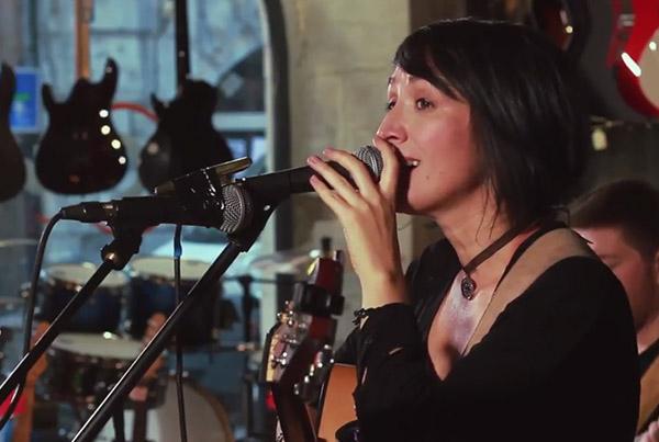 Vika Mahu – Poți să fii cine vrei (live)
